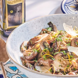 Garlic mushrooms with truffle oil